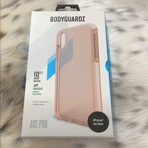 Bodyguardz case for iPhone XS Max.